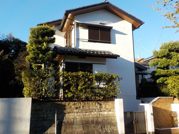 鎌倉市でラジカル塗料を使用した外壁付帯部塗装